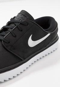Nike Golf - JANOSKI G - Golfsko - black/white - 5