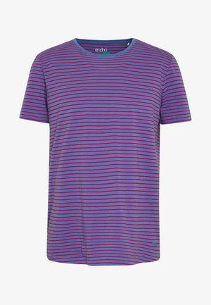 OCS F STR CN SS - T-shirt med print - light blue