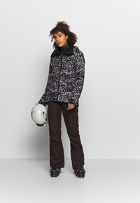 Roxy - ESSENCE  - Snowboard jacket - true black - 1