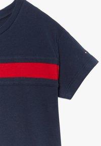 Tommy Hilfiger - FLAG DRESS  - Jerseyjurk - blue - 3