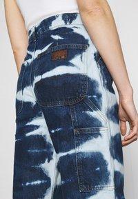 BDG Urban Outfitters - JUNO - Jeans straight leg - indigo - 5