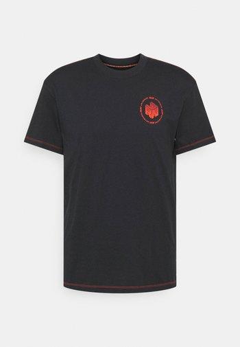 RUN ANYWHERE SHORT SLEEVE - T-shirts print - black
