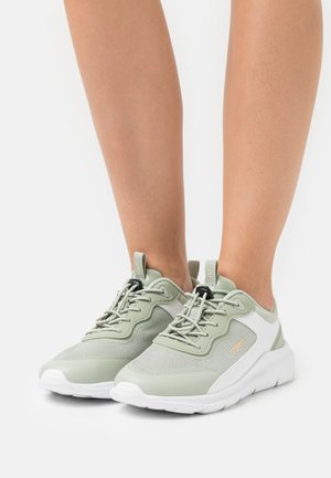 CANCUN - Trainers - light green