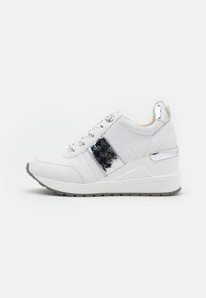 NEO GEORGIE - Sneakers laag - white
