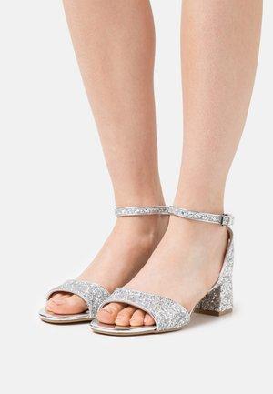 VEGAN RAINELLE - Sandals - silver