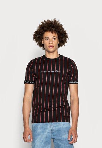 CLIFTON - Print T-shirt - black/red