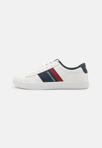 JFWMISTRY - Sneakersy niskie - bright white