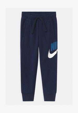 CLUB - Pantalones deportivos - midnight navy
