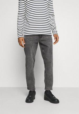 PARIS  - Slim fit jeans - medium grey
