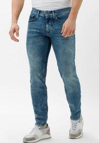 BRAX - STYLE CHRIS - Slim fit jeans - vintage blue used - 0