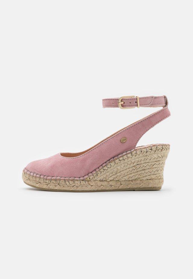 Korkeakorkoiset sandaalit - soft rose