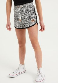 WE Fashion - Shorts - white - 1