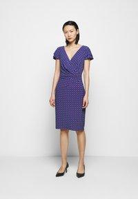 Lauren Ralph Lauren - PRINTED MATTE DRESS - Shift dress - french ultramarin - 0