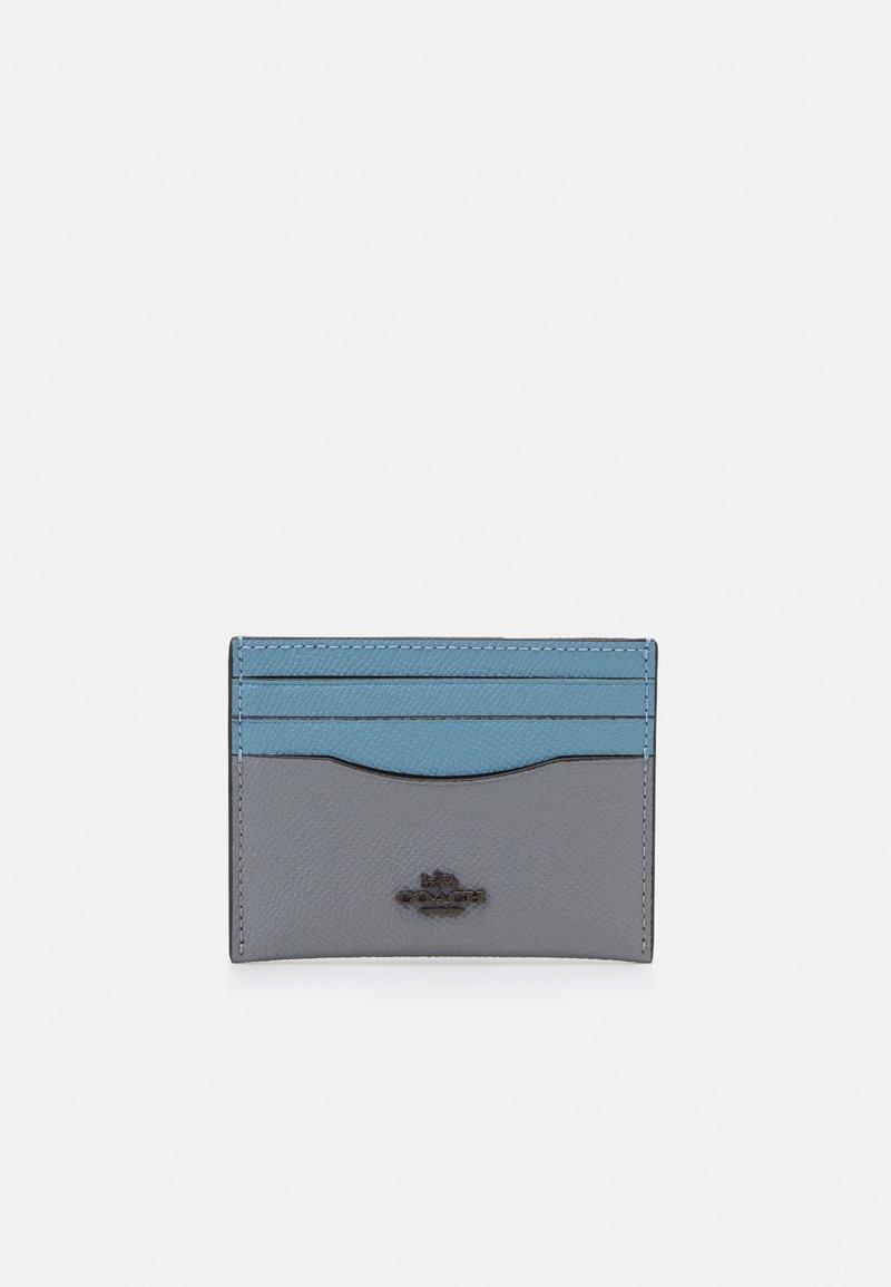 Coach - COLORBLOCK FLAT CARD CASE - Peněženka - granite/azure multi