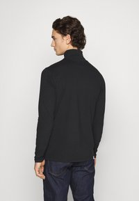 Anerkjendt - AKKOMET - Long sleeved top - caviar - 2