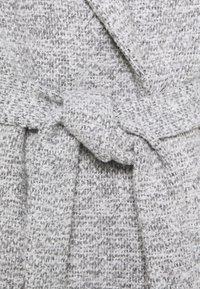 New Look - ALICIA BELTED FUR COLLAR COAT - Classic coat - light grey - 4