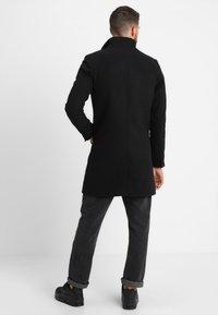 Only & Sons - ONSOSCAR COAT - Klassisk frakke - black - 2