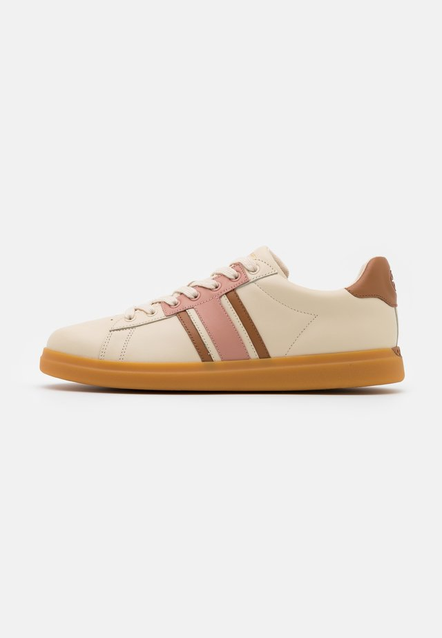 VALLEY FORGE - Trainers - new cream/pink moon