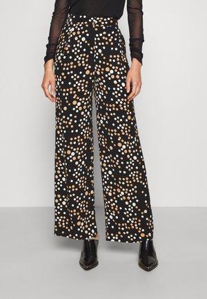 BRIANNA PANTS - Pantaloni - black