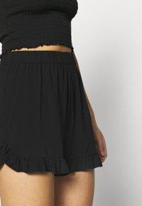ONLY - ONLNOVA LIFE FRILL - Shorts - black - 4