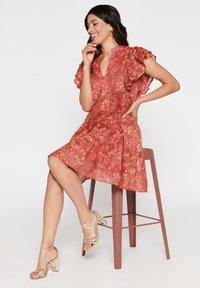 LolaLiza - TATIANA  - Korte jurk - red - 4