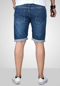 Maurelio Modriano - Denim shorts - mittelblau - 3