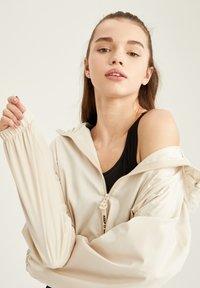 DeFacto - Summer jacket - ecru - 4