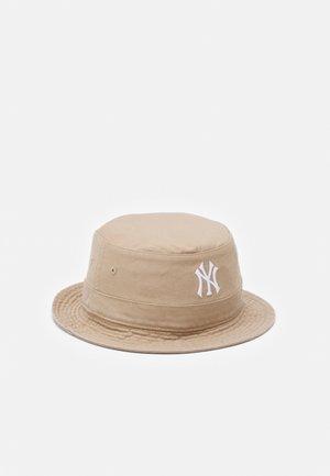 NEW YORK YANKEES BUCKET UNISEX - Klobouk - beige