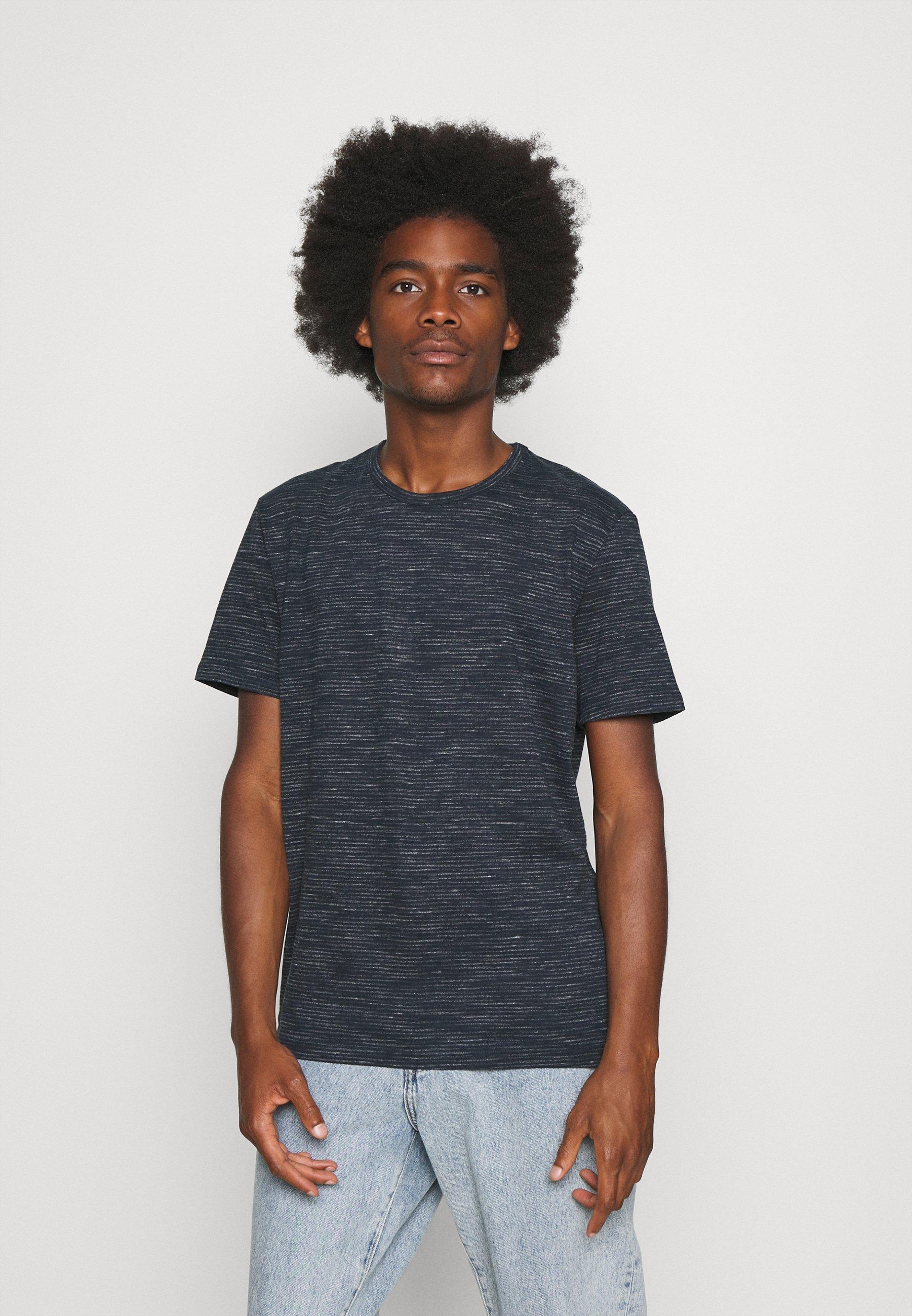 Men FINE STRIPED  - Print T-shirt