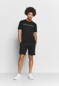 Champion - QUIK DRY  - Print T-shirt - black - 1