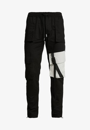 JOGGER MULTIPOCKET - Cargobyxor - black