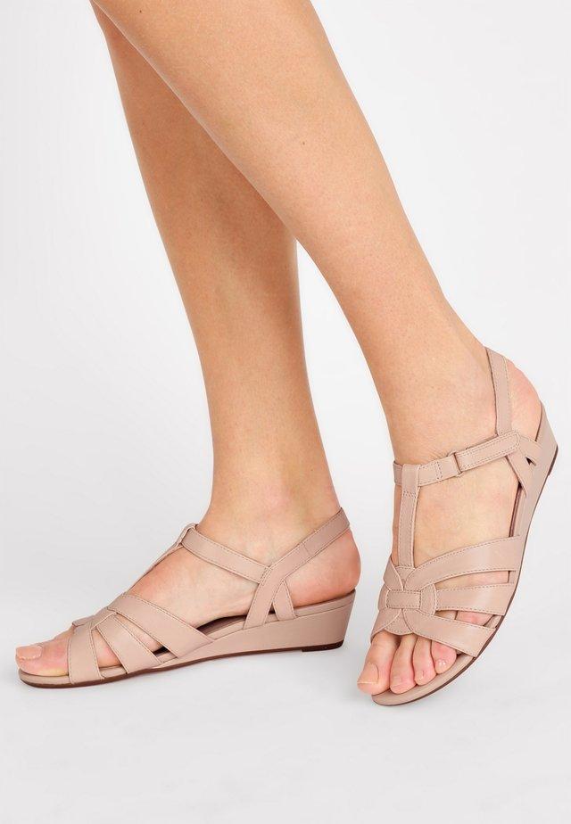 ABIGAIL DAISY - Sandales compensées - pink