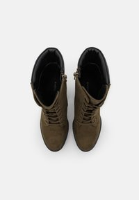 Even&Odd - Kotníková obuv na vysokém podpatku - khaki - 5