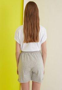 Trendyol - Shorts - grey - 1