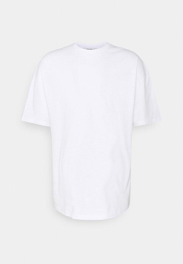 SHANGRILA BUTTERFLIES UNISEX - T-shirts med print - white