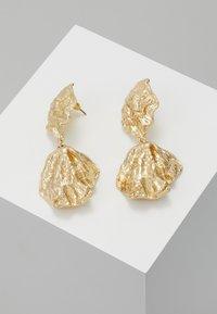 Topshop - CRUSHED DOUBLE DROP - Oorbellen - gold-coloured - 0