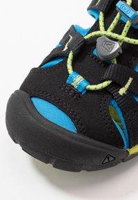 Keen - SEACAMP II CNX - Chodecké sandály - black/brilliant blue - 2