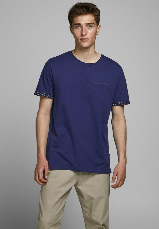 BLACKPOOL BLA - T-shirts print - blue depths