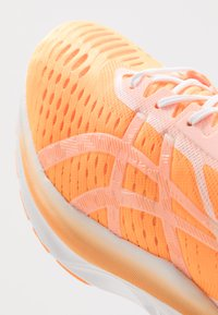 ASICS - NOVABLAST MODERN TOKYO - Neutral running shoes - orange pop/white - 5
