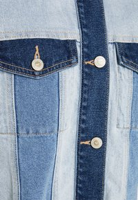 Hollister Co. - PATCHWORK - Veste en jean - indigo - 2
