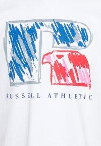 Russell Athletic Eagle R - HANSEN - Print T-shirt - white - 2