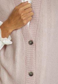 Cream - Waistcoat - burnished lilac - 3