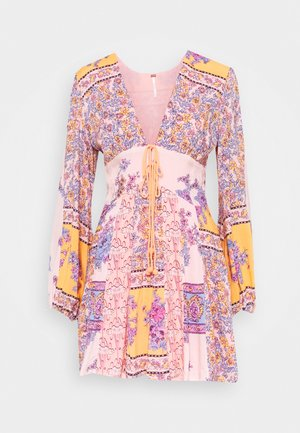 MIXIN IT UP MINI - Day dress - peach combo