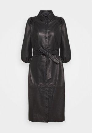 PETRAH ZIA DRESS - Robe chemise - black