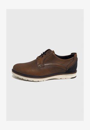 Zapatos de vestir - cuero