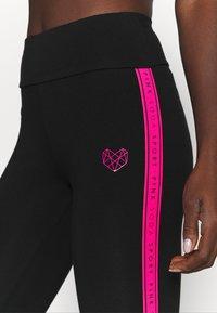 Pink Soda - TANISHA TAPE LEGGING - Leggings - black - 5