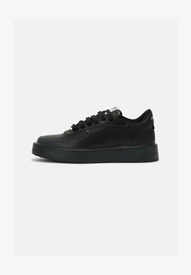 CITY UNISEX - Trainers - black