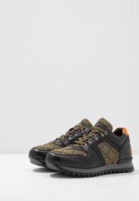 Bogner - SEATTLE - Sneakersy niskie - black/olive - 2