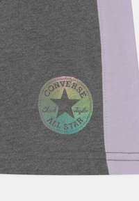 Converse - COLORBLOCKED CHUCK PATCH - Shorts - charcoal heather - 2