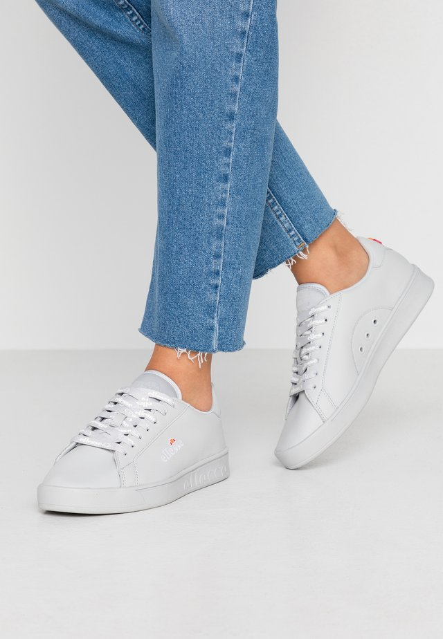 CAMPO - Sneakers laag - light grey